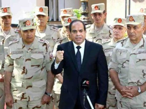 al-sisi_with_army