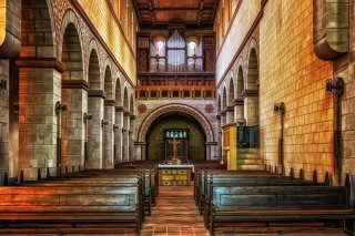 church%2Baltar%2Bpixabay%2B2.jpg