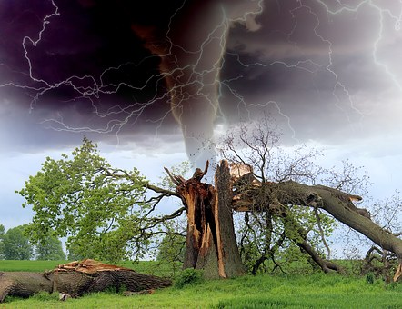 First Tornado|اولین گردباد