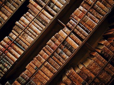 books-1866844__340