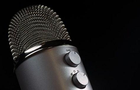 microphone-1172260__340