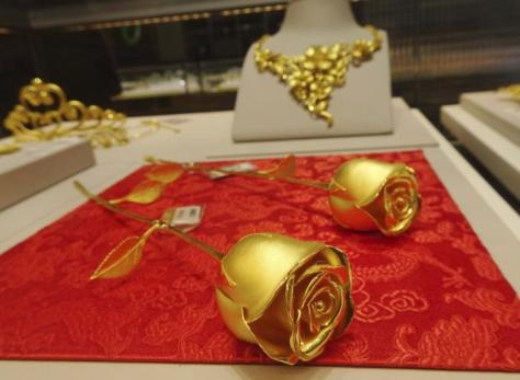 Valentines Day Gold Rose