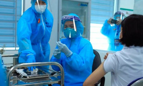 Vietnam Sees Hundreds of New COVID Cases, With Two Provinces Largely Locked Down