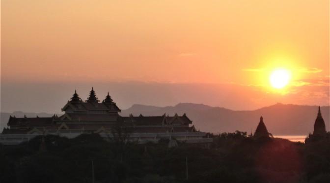 Bagan  –  gigantische Tempelstadt