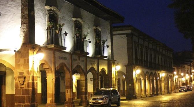 Rutas de un viajero. Capítulo XI. Antigua Casa de Comercio y Arriería. Casa del Conspirador José María Abarca. Mansión Iturbe